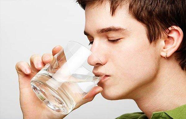 Nước súc miệng cai thuốc lá nào tốt nhất hiện nay